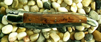 KNIFE WITH OLIVEWOOD HANDLE